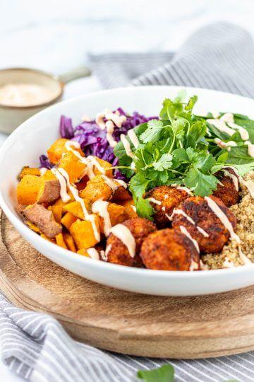 Recept voor spicy falafelbowl
